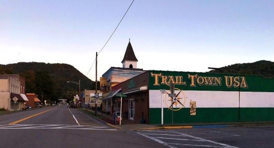 TrailTownUsa2.jpg