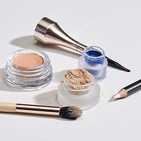 Jane Iredale powder.png