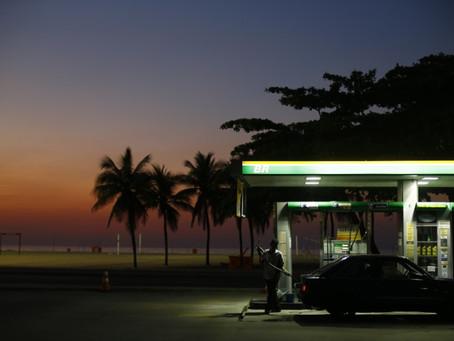 Atingido por política da Petrobras, setor de postos protesta e quer mudanças no ICMS