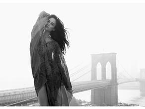 Portrait – Over the Brooklyn Bridge