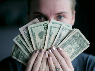12. Hazugság: Annak a hazugsága, hogy hol a pénz