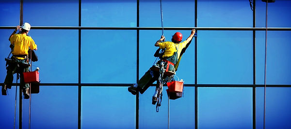 клининговые услуги, мойка стекол на высоте