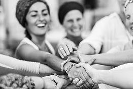 Yoga femmes féminin cours nantes rezé