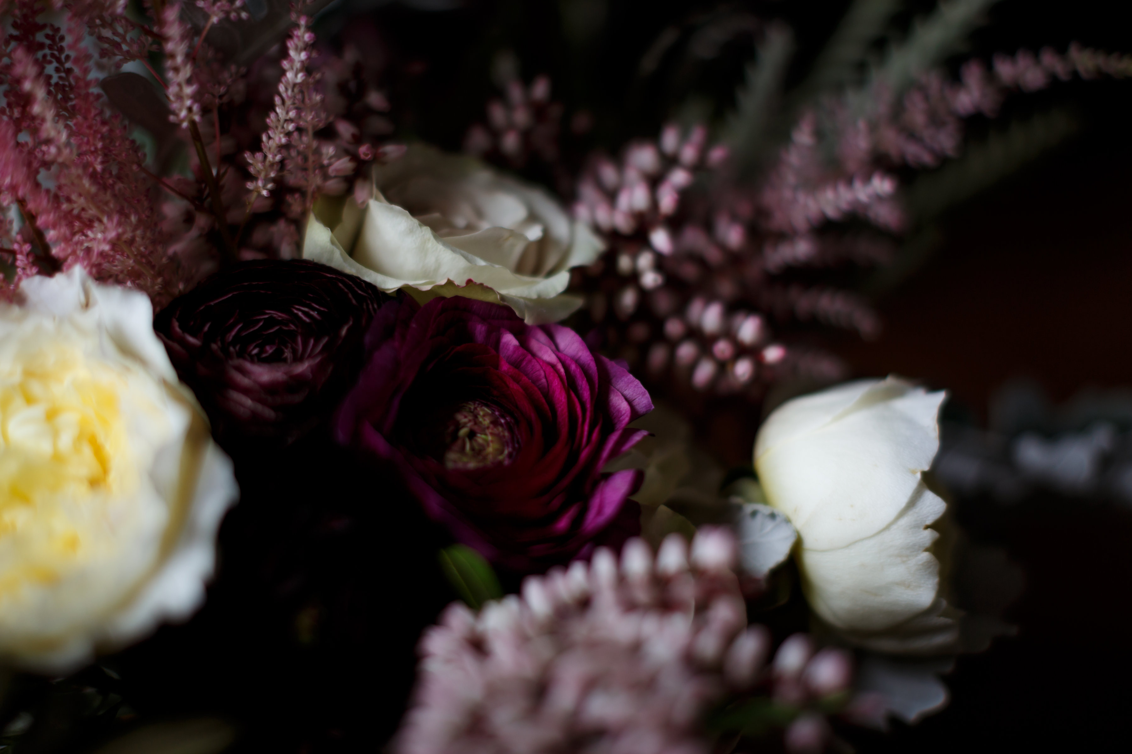 fall textural wedding flowers