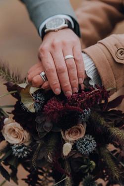 dark and moody wedding flowers
