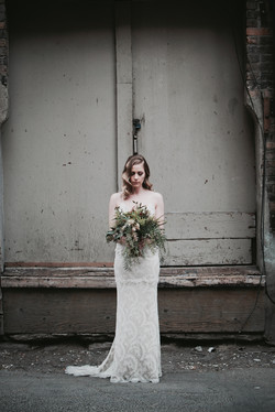 Pretty bride with her flowers