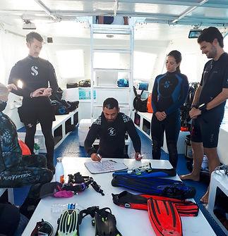 Aldora Certified diving 02.jpg