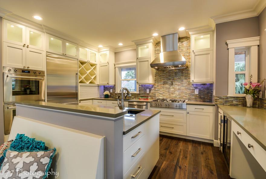 Kitchen2 (5).jpg