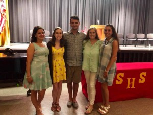Taylor joined by Vicki's siblings and Kaitlyn Keegan 2017 recipient and Olivia Mastroluca 2016 recipient.