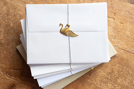 metallic_envelopes_wedding2.jpg