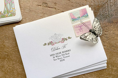vintage_floral_printed_envelopes_invitat