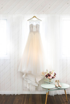 dressMarisa.jpg