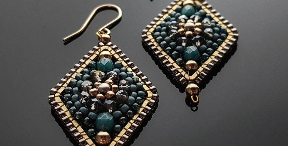 Türkis, chrome, gold