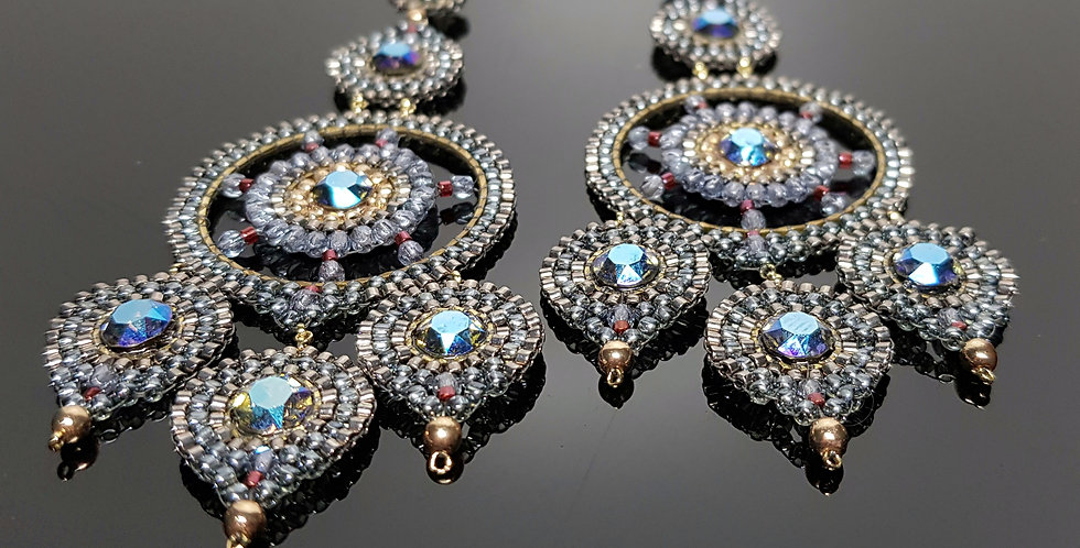 Dreiblatt plus Swarovski blau, chrome