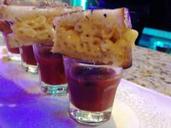 Mac & Cheese Sliders w/Soup Shots