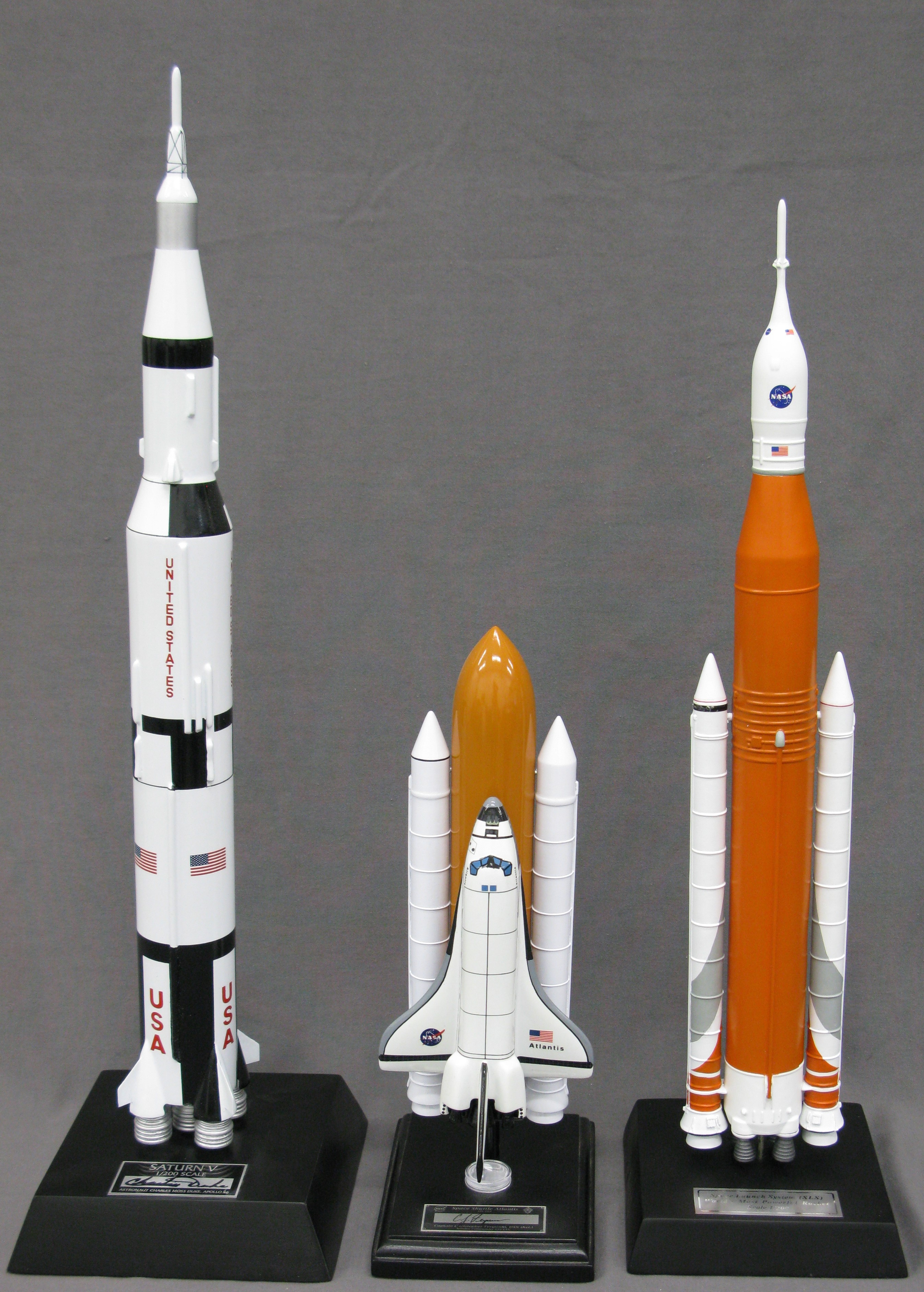 3 Heavy-lift Manned Space Launchers