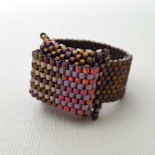 BEADED RING size 7