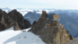 Pellegrinaggi per procura,Refuge de l'Aigle,Massif des Ecrins,Alpes,Hautes Alpes,Provence/Alpes/Côte d'Azur,au pied de La Meije