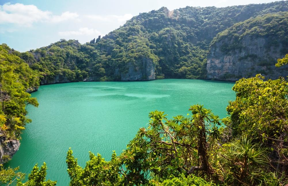 jezero angthong