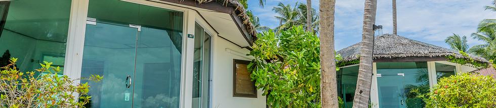 Beachfront villa (6).jpg