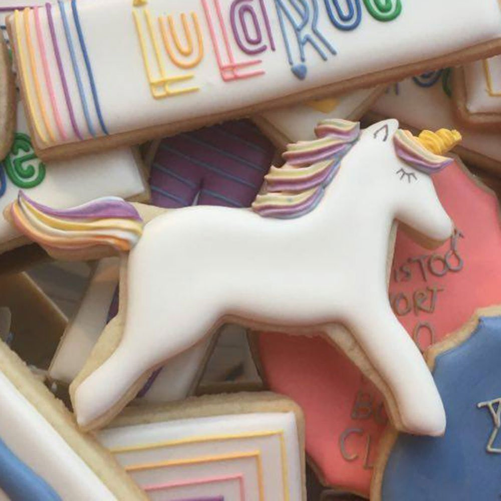 unicorn cookies, unicorn cookie cutter, unicorn cookie, unicorns, unicorn, unicorn lover, unicorn gift, unicorn gift guide, unicorn desserts, unicorn recipe, unicorn food, unicorn birthday party, unicorn party, unicorn baby shower