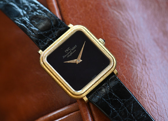 IWC Ref. 2575 18k Gold with Onyx Dial Original Band & Buckle Circa 1970s