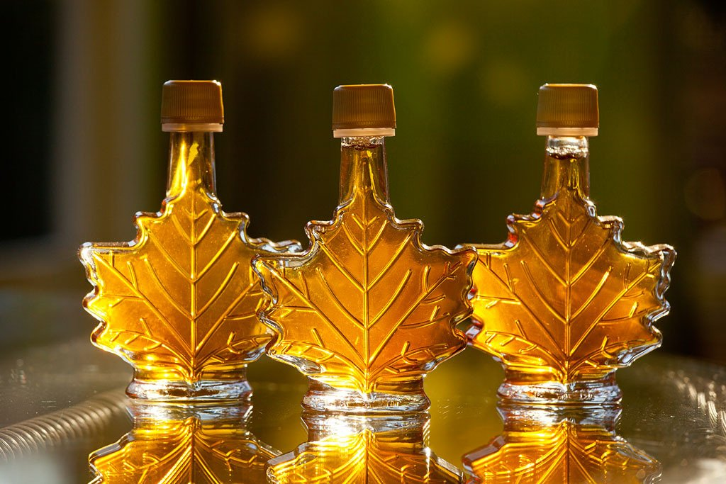 branon_maple_syrup_leaf_bottle_1024x1024