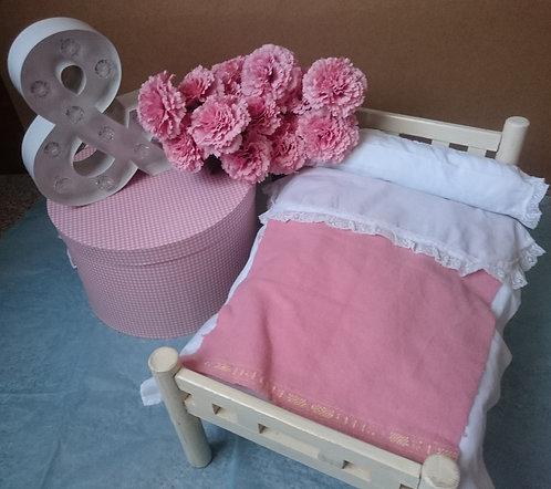 cama muñecos