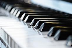 八坂HP素材ピアノ.jpg