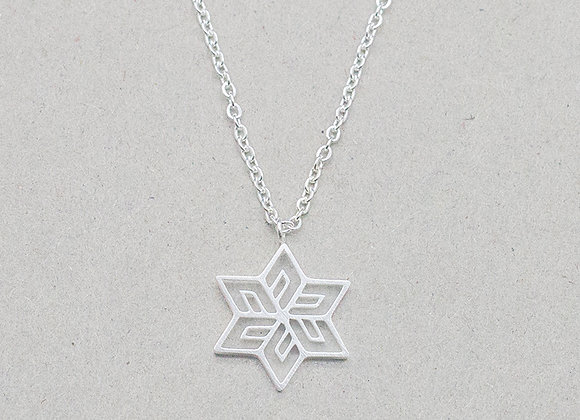 Snowflake Pendant Necklace Silver