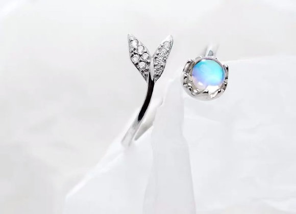 Moonstone Tail Ring