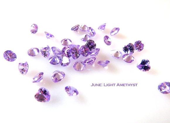 June Birthstone (Pearl or Lt. Amethyst) (From €2)