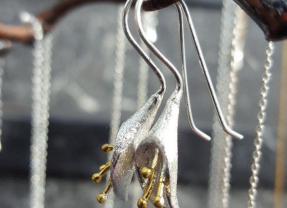 Calla Lily Drop Earrings