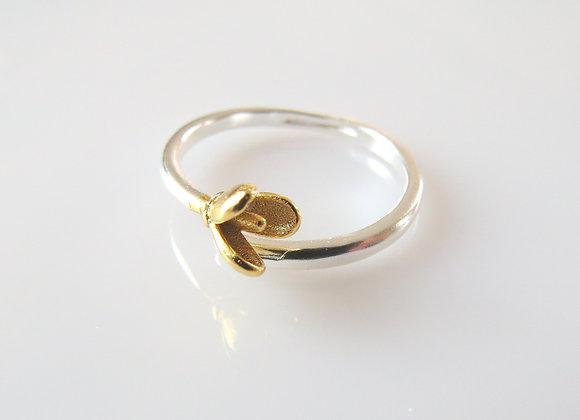Budding Magnolia Ring Silver