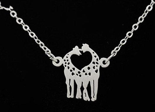 Giraffe Love Necklace Silver