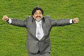Sombre période pour le  football qui perd son meilleur représentant.  Pendant une heure, FM43  rend hommage à la légende D. Maradona. Samedi