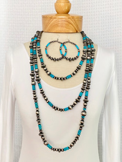 Silver bead turquoise necklace