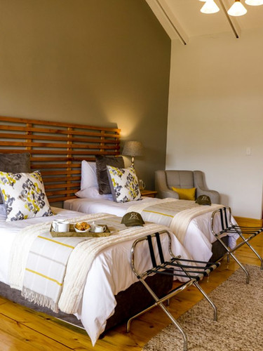 East Cape Safaris & Hunting Lodges