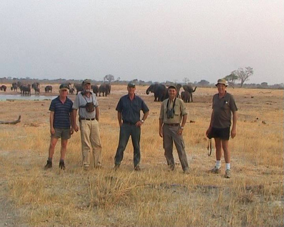 Group Hunt With Friends & Downunder Taxidermy studio & Guide Services