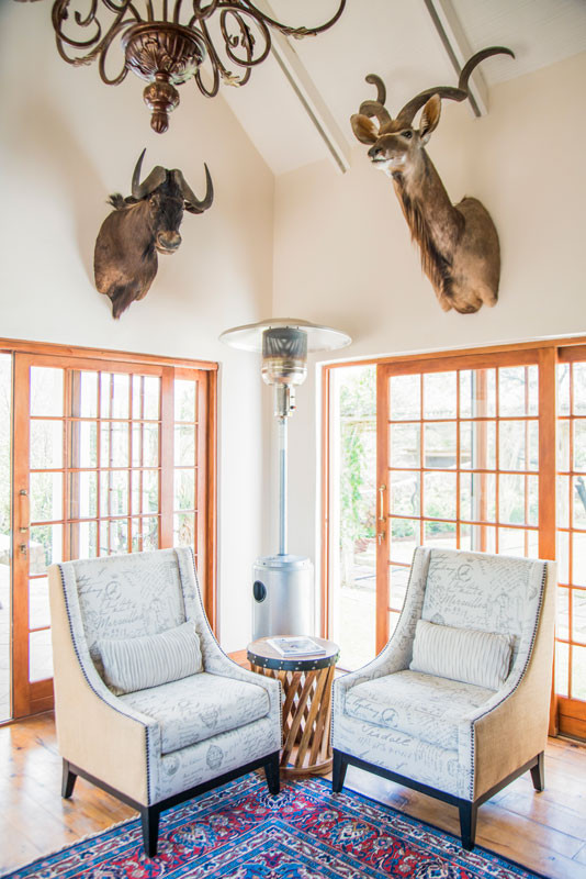 Royal Karoo Safaris Hunting Lodge-Lounge