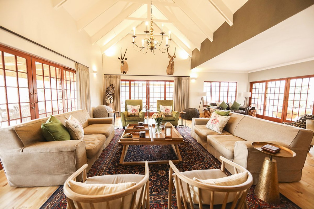 Incredible Luxury Hunting Lodge On The Eastern Cape Of South Africa - Royal Karoo Safari Lodge