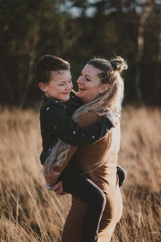 Lysign-fotografie-en-vormgeving_gezin-fa