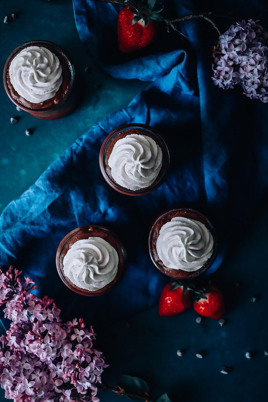 Mousse au chocolat et coulis de fraise, Elodie's Bakery