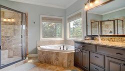 ! Salinas Master Bath1.1