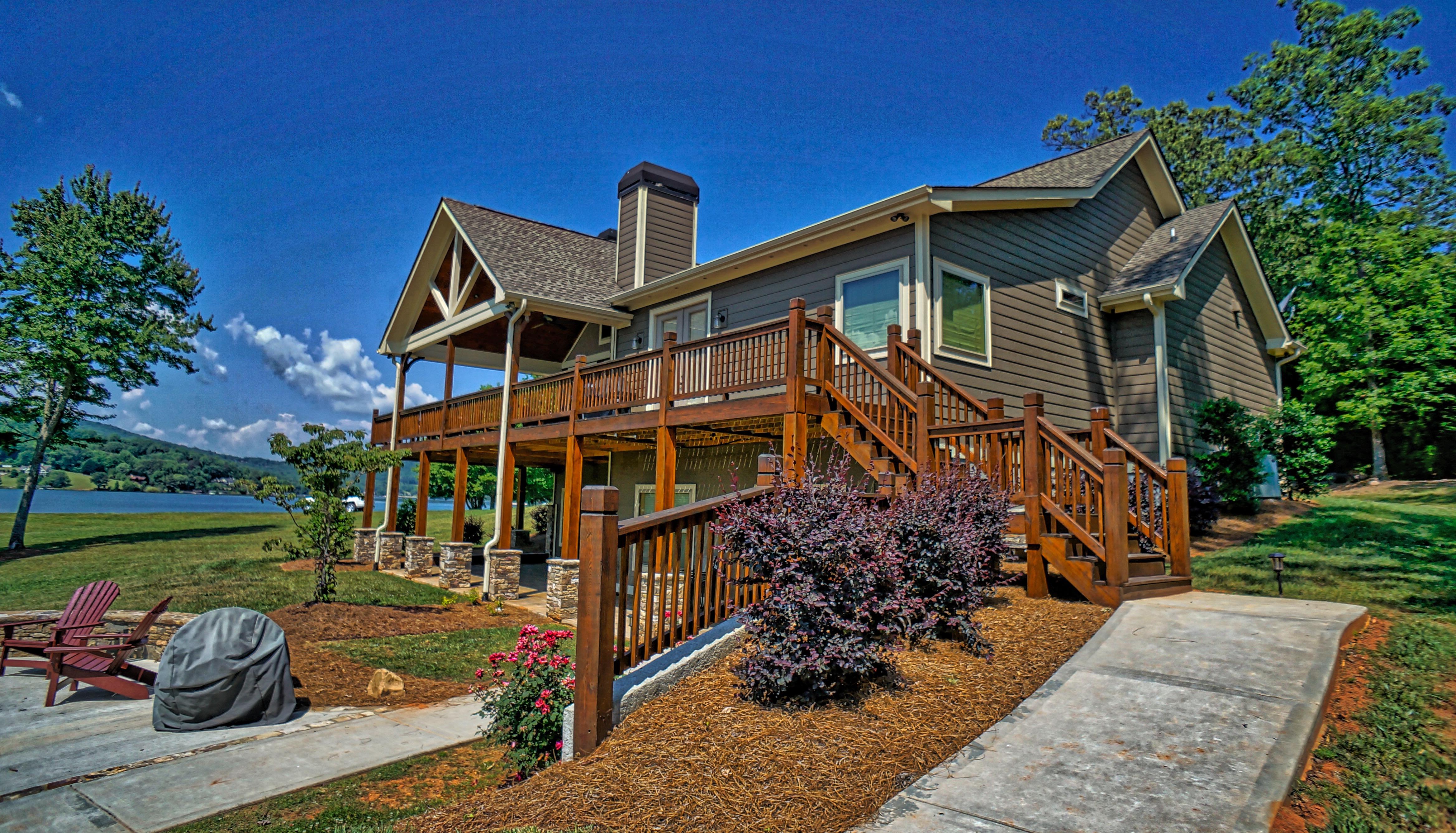 lake house 1.4