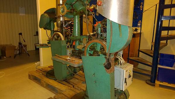 primer insertion machine Fritz Werner