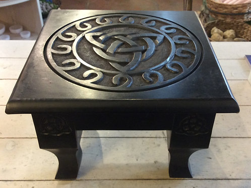 Triquetra Altar Table