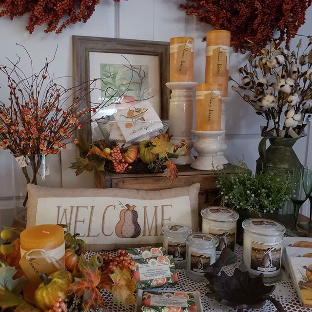 It's time for fall y'all! #shopsmall #va