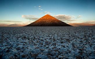 mountain-5173645_1920.jpg