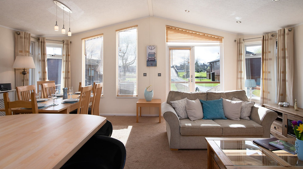 Dog-Friendly Holiday Cottages Stratford Upon Avon | Nature Breaks UK | Holiday Lodge Stratford Upon Avon | Holiday Cottages